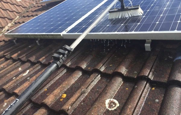 Pure Water Solar Cleaning